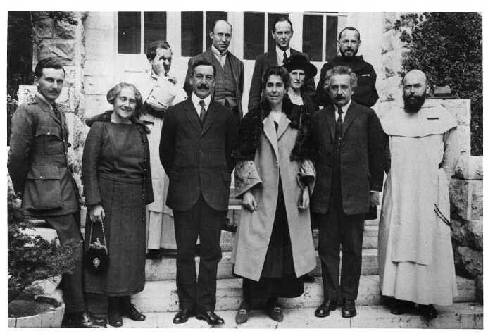 Albert Einstein Ancestry Photo