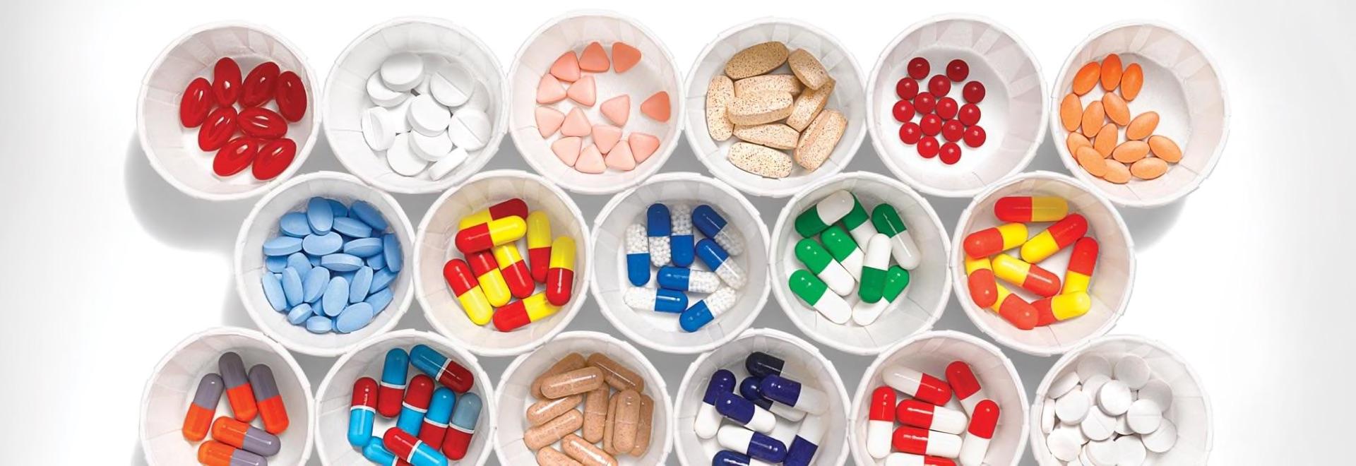 Pharmacogenomics genetic testing and analysis